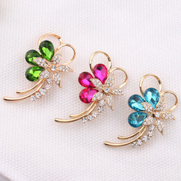 Wholesale Rhinestone Brooches For Dresses - Shiny Crystal Rhinestone Flower Brooches Pin Alloy Brooch Pin For Women Elegant Evening Dresses Brooches Cheap