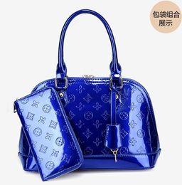 Wholesale Ladies New Design - women leather handbags genuine leather bag high quality cowhide shoulder bag ladies free shipping new design bolsos 2pic set m178
