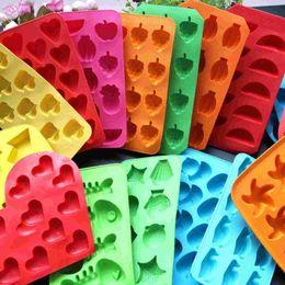 Wholesale Bear Arrows - 1507 ice lattice mold cube tray grass pineapple Love arrows  5-pointed star   fish bones banana orange Grape fish Bear Penguins Duck Fruit