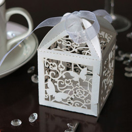 Wholesale White Paper Butterflies - Wholesale- White Pearlescent Paper Box Wedding Party Favor Butterfly Paper Candy Gift Boxes With Ribbon 10PCS