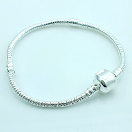 Wholesale Infinity Stainless Wholesale - Fashion Link Bracelets Europe Brand Plated Silver Infinity Snake Chain DIY Bracelets & Bangles Accessories Jewelry Free Shipping