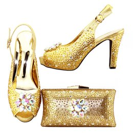 Wholesale Italian Gold Set Designs - Gold Color African Shoe and Bag Set for Party In Women Nigerian Shoes and Bag Set Decorated with Rhinestone Italian Design Shoes XF007