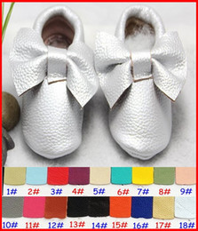 Wholesale Top Shoes For Baby - 1Pair Sample Retail baby moccasins 100% Top Layer Cow Leather Girls soft leather moccs baby booties toddler fringe shoes 18Colors for 0-2T