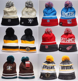 Grosses soldes! Chapeaux de beanie de football de mode pour la mode tous les chapeaux d'hiver de l'équipe de football des chapeaux pour l'homme et des femmes le bean chaud ? partir de fabricateur