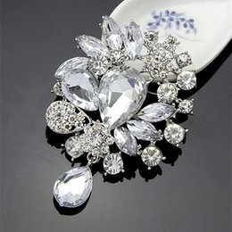 Wholesale china bouquet - High Quality Silver Alloy Big Waterdrop Crystals Weddinig Bridal Bouquet Fashion Brooches Pin Wholesale Elegant Party Jewelry Accessories