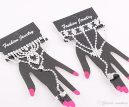 Wholesale Heart Bridal Ring Set - Fashion Crystal Bridal Bride Bracelet Ring Hand Chain Shining Rhinestone Wedding Jewelry Set Wedding Bridal Rhinestone Accessories