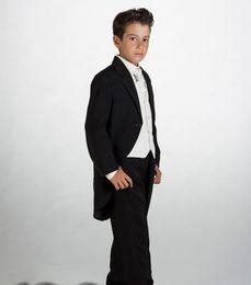 2019 tuxedos especiales Más barato Negro Niños Formal Wears Tailcoat Tuxedos Moda Niños Trajes Ocasiones especiales Niños Vestidos (Jacket + Pants + Vest + Tie) rebajas tuxedos especiales