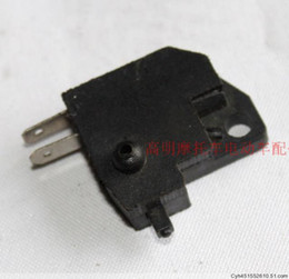 Wholesale Switch Suzuki - Wholesale-Suzuki Motorcycle Haojue drilling leopard HJ125 and other former disc brake switch off switch on the front brake switch