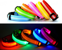 Wholesale LED Nylon Pet Dog Collar Night Safety LED Light Flashing Glow in the Dark Small Dog Pet Leash Dog Collar Flashing Safety Collar mix color