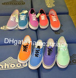 Wholesale Luxury American Shoes - European and American Style Luxury Brand Men's and Women's Casual Canvas Shoes Candy Color Students Trend Skateboard Shoes
