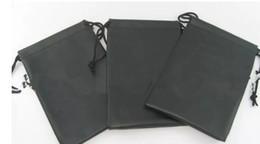 Livraison gratuite imperméable à l'eau en cuir lunettes de soleil en plastique pochette souple lunettes sac à lunettes cas beaucoup de couleurs mélangées 15 * 22 cm ? partir de fabricateur