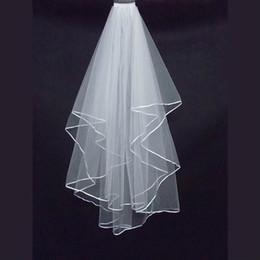 Schulter schleier online-Günstigstes Zwei-Schicht-Brautschleier In-Stock Garden Veils Schulter-Länge mit Kamm Hohe Qualität Stock White Brautschleier für die Hochzeit