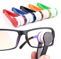 Wholesale Glass Cleaning Wipers - Sun Glasses Eyeglass Microfiber Brush Cleaner Spectacles Cleaner Wiper Wipe Kit Random Color