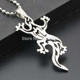 Wholesale Lizard Charms - Fashion Boy Men's Jewelry Silver Tone Stainless Steel Hollow Design Lizard Charm Pendant Necklace Gift MN293