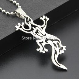 Canada Mode garçon hommes bijoux ton argent en acier inoxydable creux conception lézard charme pendentif collier cadeau MN293 Offre