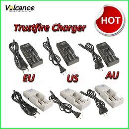 cargador sony vtc4 Rebajas EE.UU. / UE / Reino Unido / AU Plug Trustfire Cargador recargable multifuncional para modos 18650 10430 14500 16340 17670 18500 li-ion Protección de batería