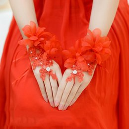 Wholesale Hand Embroidery Accessories - free shipping red Bridal Gloves hand made flowers wedding gloves beaded lace gloves in stock wedding accessory