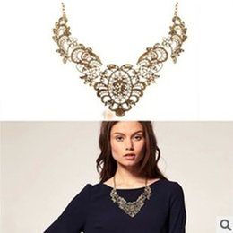 Wholesale Bronze Choker - New European Vintage Luxurious Collar Chain Bronze Lace Flower Chain Choker Necklace for Women Sale N129