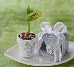 "Wholesale English Magic Bean - Love Magic Bean printed ""Love"" or ""I love U"" English Words Good for Wedding Favors with gift box Free shipping 0915#15"