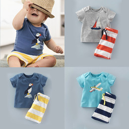 wholesale kids t shirts free shipping Promo Codes - Fashion baby boy summer clothes set T-shirt+striped shorts 2pcs set baby clothing kids suit Free Shipping