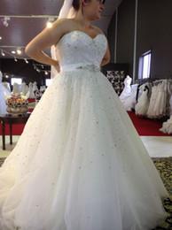 Wholesale Dress New Vestidos Noiva - New Amazing 2017 Plus Size Wedding Dresses Sweetheart Beading A Line Sweep Train Glamorous White Dress For Bridal Vestidos De Noiva Custom
