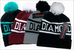 Wholesale Novelty Ears - Hip Hop Designer Diamond Letter Beanies Hats Knit Pom Supply For Adults Mens Womens Fancy Sports Winter Head Ears Slouchy Warmer Caps Bonnet