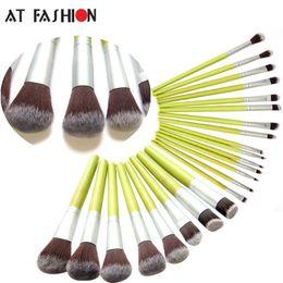 Wholesale Bamboo Blush Brush - New Green Bamboo Makeup Brush Set Cosmetics 23 Pcs Facial Makeup Brushes Kit Foundation Powder Fiber Face Eyes Blush Brush Tools