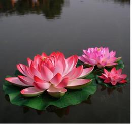 acqua fluttuante artificiale di loto Sconti Vendita calda !! Bello fiore di loto artificiale che galleggia i fiori dell'acqua per l'ornamento di Natale Forniture di decorazione della festa nuziale