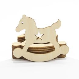 Decoración de madera del arte online-Madera Arte Artesanías Láser Cortado Favores De Madera Baby Shower Decor Ropa Infantil Pies de Dibujos Animados Alimentador de Oso Botella Forma de Juguete Regalos