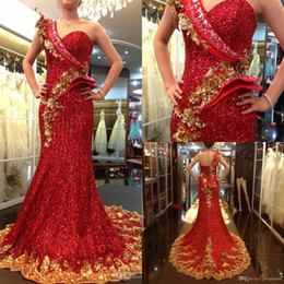 Wholesale Golden Beaded Mermaid Prom Dress - Stunning 2017 One Shoulder Long Mermaid sequin evening dresses Prom Gowns Beaded Celebrity Golden And Red Evening Dresses UM7002