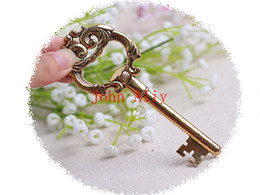 Wholesale Aluminum Items - Free shipping 2015 Hot The Vintage Key bottle opener Creative novelty home party items wedding favors Wedding Party Gifts