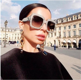 Wholesale diamonds czech - Crystal oversized square sunglasses women czech diamond luxury brand designer 2018 women sunglasses fashion rhinestone Decoration eyeglasses