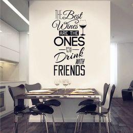"""Décalques de citation de cuisine en Ligne-Stickers muraux citations de cuisine """"Les meilleurs vins ... avec des amis"""" Sticker mural en vinyle Salle à manger Cuisine murale Art Mural Home Decor"""