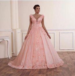 Wholesale Taffeta Wedding Dress China - Blush Pink Lace Ball Gowns Wedding Dresses V Neck Puffy Taffeta Custom Made In China Vintage Bride Bridal Gowns vestido de Noiva 2018