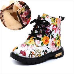Wholesale Martin Boots Flowers - Cute Girls Boots 2017 New Fashion Elegant Floral Flower Print Kids Shoes Baby Martin Boots Casual Leather Children Boots