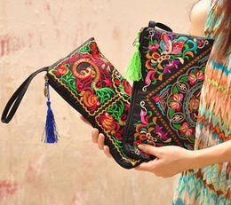 Wholesale Crochet Mobile - National Style Women Clutch Purses Bag Contrast Color Embroidery Handbag Wrist Strap Elegant Small Mini Mobile Phone Bag Wallet for Women