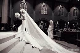 5m véu de casamento nupcial on-line-New Luxury 5 M Alta Qualidade Branco / Marfim Longo Véus de Noiva Do Laço Longo Véus De Noiva Com Laço Favor Do Casamento Véus Barato Em Estoque