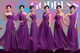 2019 Vestidos de damas de honor púrpuras 6 estilos Pliegues ajustados Elegantes volantes de gasa Diseñador largo Tallas largas Hasta el suelo Vestidos de fiesta de dama de honor desde fabricantes