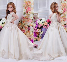 Wholesale new cute images - New Arrival Jewel Lace Appliques Sweep Train Satin Sleeveless Cute Beautiful Wedding Dresses Flower Girl Dress
