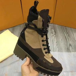 Wholesale Tan Heels For Women - 2017 new luxury brands, high-end fashion and comfortable women skidding high grade leather stamp boots for leisure Martin boots