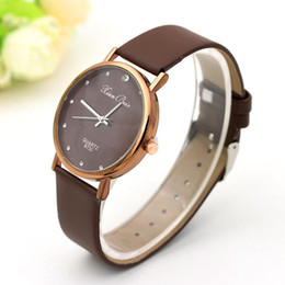 Wholesale Point Coffee - Women Watches Point Drill Scale Luxury Brand Designer Watch With Coffee Gold Belt High-Quality Ladies Wristwatch Classic AAA Watches Reloj