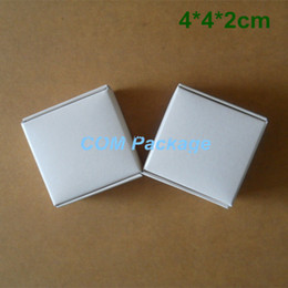 Wholesale Small Boxes For Jewelry - Small 4*4*2cm White Kraft Paper Box Wedding Favor Gift Packaging Box For Candy Jewelry Handmade Soap Baking Bakery Cake Cookie Chocolate Box