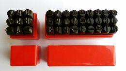 2019 leder-punsch-set Großhandel-Brief Anzahl Stempel Punch Set Gehärtetem Stahl Metall Holz Leder Stahl Punch Alphabet Buchstaben Anzahl Werkzeug Leder Handwerk Stempel günstig leder-punsch-set
