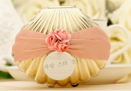 Wholesale Beach Theme Party Favors - Wedding Favors gold silver Shell Conch Candy Boxes With Ribbon and Flowers Beach Theme Cute Candy box Wedding Party shower Favors gifts