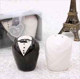Wholesale Cruet Sets - European Style Bride And Groom Ceramic Cruet Salt & Pepper Shakers (100pcs=50 sets) for Wedding Party Favor Gifts Free Shipping