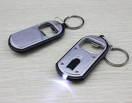 2015 newest keychain hochzeitsbevorzugungsgeschenk flaschenöffner mit led lampe schlüssel flaschenöffner hochzeitsgeschenk led keychain favorisiert schlüsselanhänger von Fabrikanten