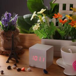 Wholesale Cheap Desktop Clocks - Cheap Price New USB DC6V Desktop Table Clocks Despertador Digital LED Square Alarm Wood Wooden Clock Temperature Display Voice Sound F0065