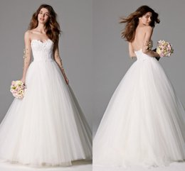 Wholesale Watters Wedding Dress - 2016 Spring Garden Watters Wedding Dresses Vintage A Line Ball Gown Sweetheart Lace Appliques Low Back Zipper Tulle Sweep Train Bridal Gowns