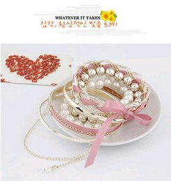 Wholesale Pearl Bracelet South Korea - Charm Bracelets Made of alloy fabric pearl bracelet Popular in Asia China and India in South Korea Young women loved Free shipping