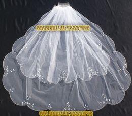 Wholesale Scalloped Edge Bridal Veil - Beautiful Scalloped Bridal Veil 2015 New Short Wedding Veil With Comb Beaded Veu De Noiva Two Layer Head Accessories